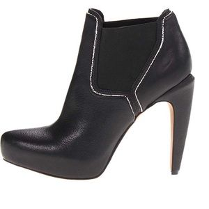 Sam Edelman black leather booties karissa